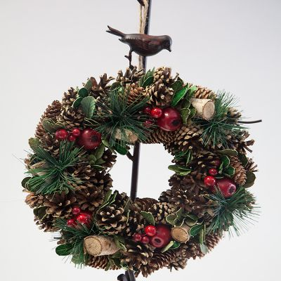 TRADITIONAL CHRISTMAS WREATH 32CM