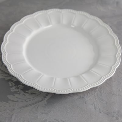 FRENCH EMBOSSED CHARGER PLATE WHITE