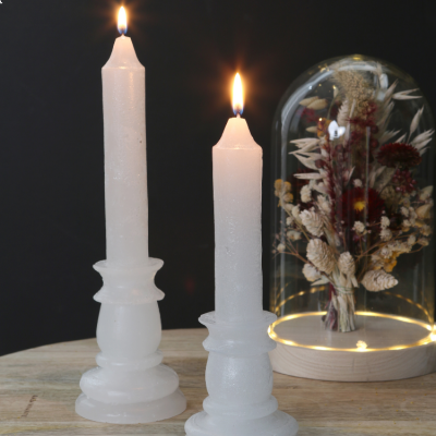 RUSTIC CANDLE WITH BASE WHITE 20CM