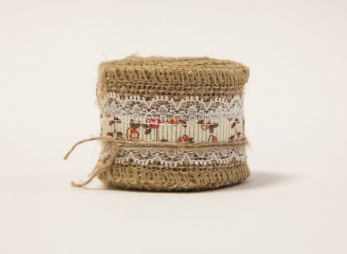 Hessian Flower Lace Ribbon - 5cm x 2 yards