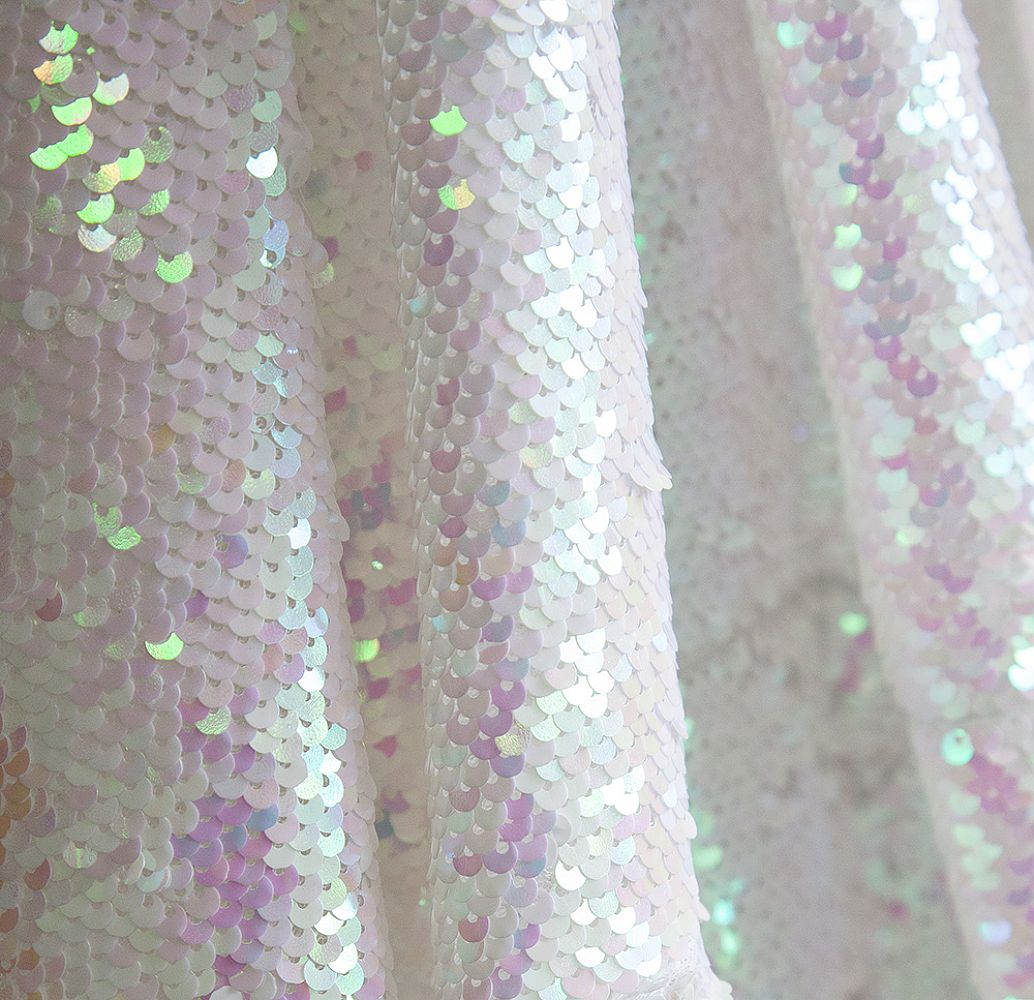 Sequin 70x144 Table Cloth - White Iridescent