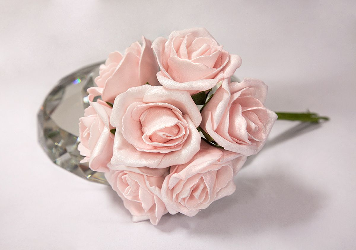 Shimmer Foam Roses 6 Bunches - Pale Pink