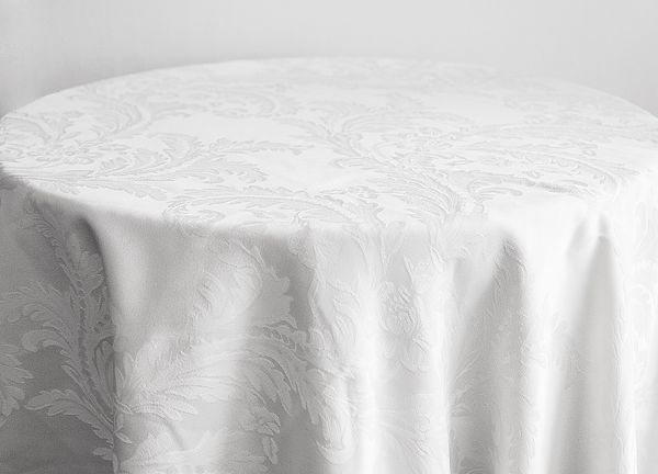 Damask Table Cloths 132 Round - White