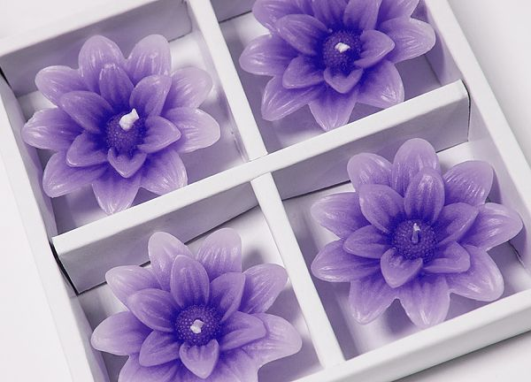 Floating Lotus Candles 4 Pack - Purple