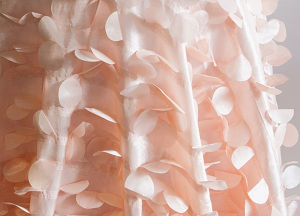Petal Taffeta Table Cloth 90 x 90 - Peach