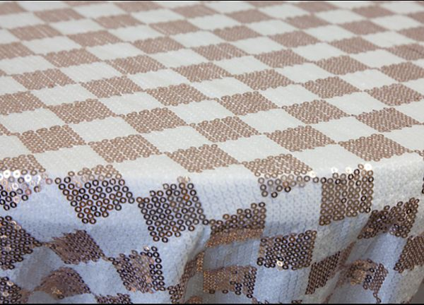 Checked Sequin Tablecloth 132 - Champagne