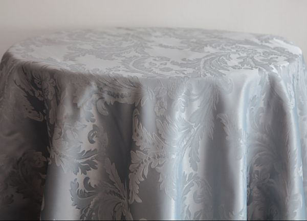 Damask Table Cloths 132 Round - Silver