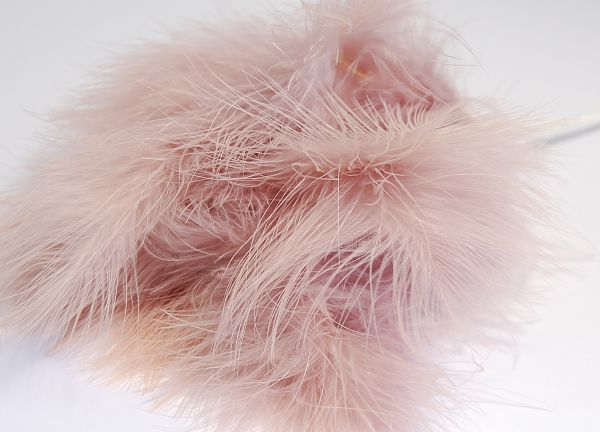 Fluff Feathers - Mink
