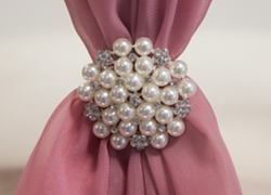 Pearl Diamante Star Brooch - 6 Pack