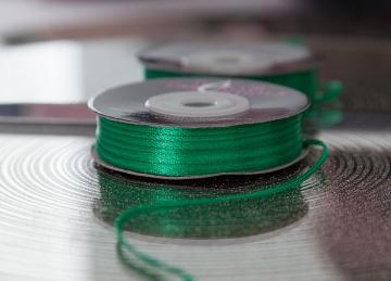 Decor Essential Satin Ribbons 03mm x 50m - Emerald Green
