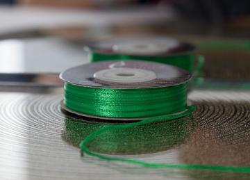 Decor Essential Satin Ribbons 03mm x 50m - Kelly Green
