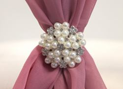 Mini Pearl Star Diamante Brooch - 6 Pack